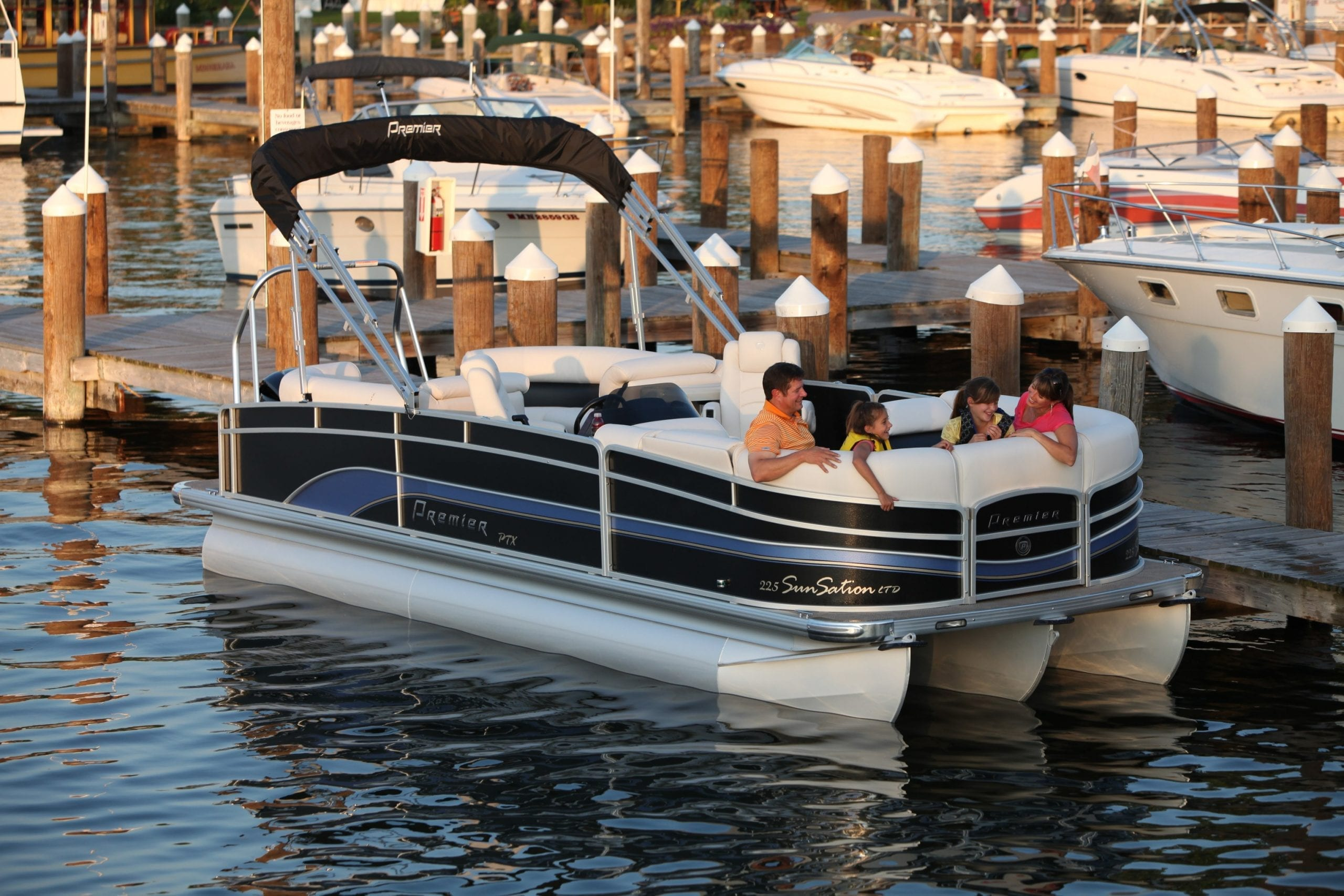 3 Pontoon Boat