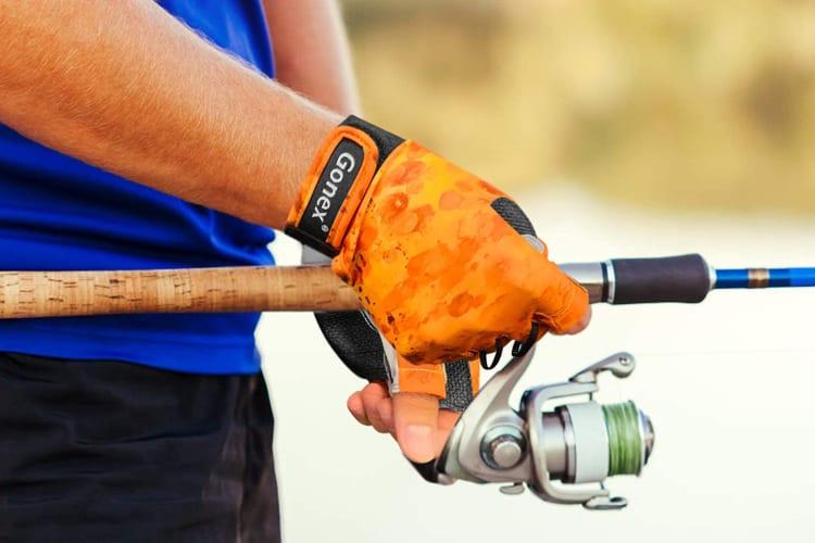 Choosing the Optimal Pair of Fishing Gloves - 5 Pro Tips 1