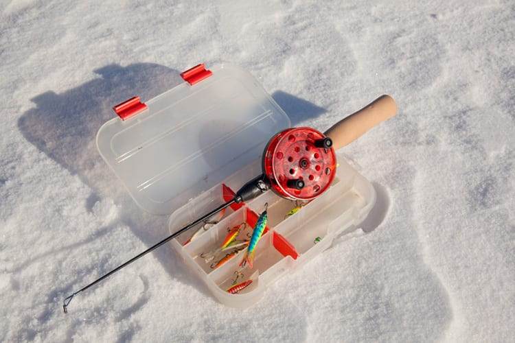 Pick Out An Ice Fishing Reel