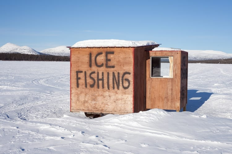 Ice Fishing Shanty – How to Set It Up 1